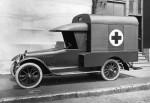 I'm Back (je suis de retour... en bon français) dans bonheurs Ambulance_Chalmers_Montreal_1920-150x103